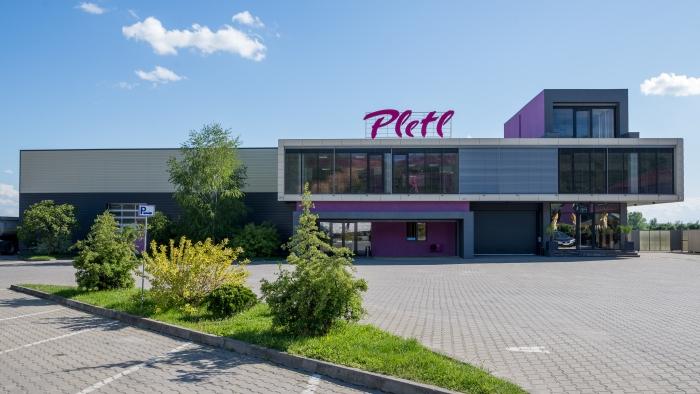 Pletl, autogara, Arad
